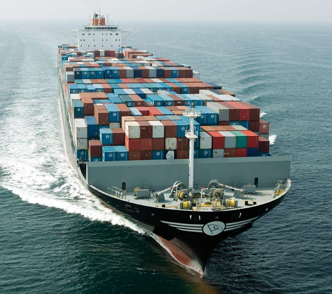 ΜARITIME SAFETY AND PROTECTION OF THE ENVIRONMENT AIR EMISSIONS FROM SHIPS The UGS examines air emissions from ships in the context of ongoing international debates regarding the best approach