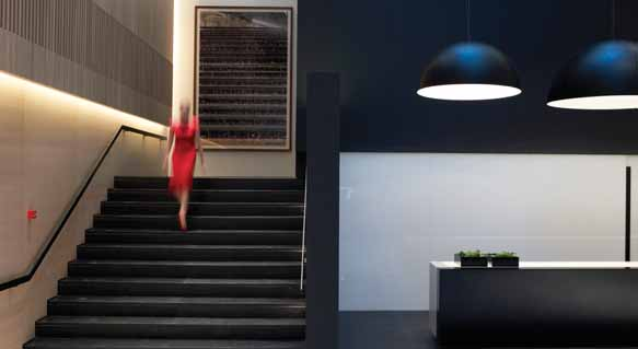 Using furniture and lighting fixtures by B & B Italia, Minotti, Maxalto, Living, Vitra, Molteni, Piet Boon, Fritz Hansen, Flos and Mooi, Zeppos' architectural office has brought to the audience and