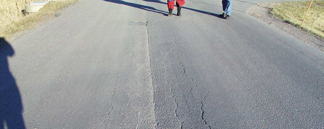 The test road was constructed in 1987 in Linköping Sweden [26] and it was almost 16 years old at the time when the samples were taken in 2003.